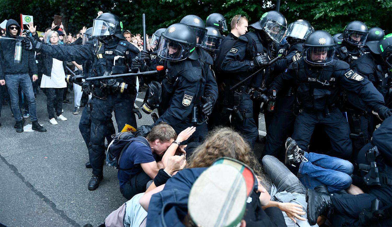 Полицейское насилие в Гамбурге