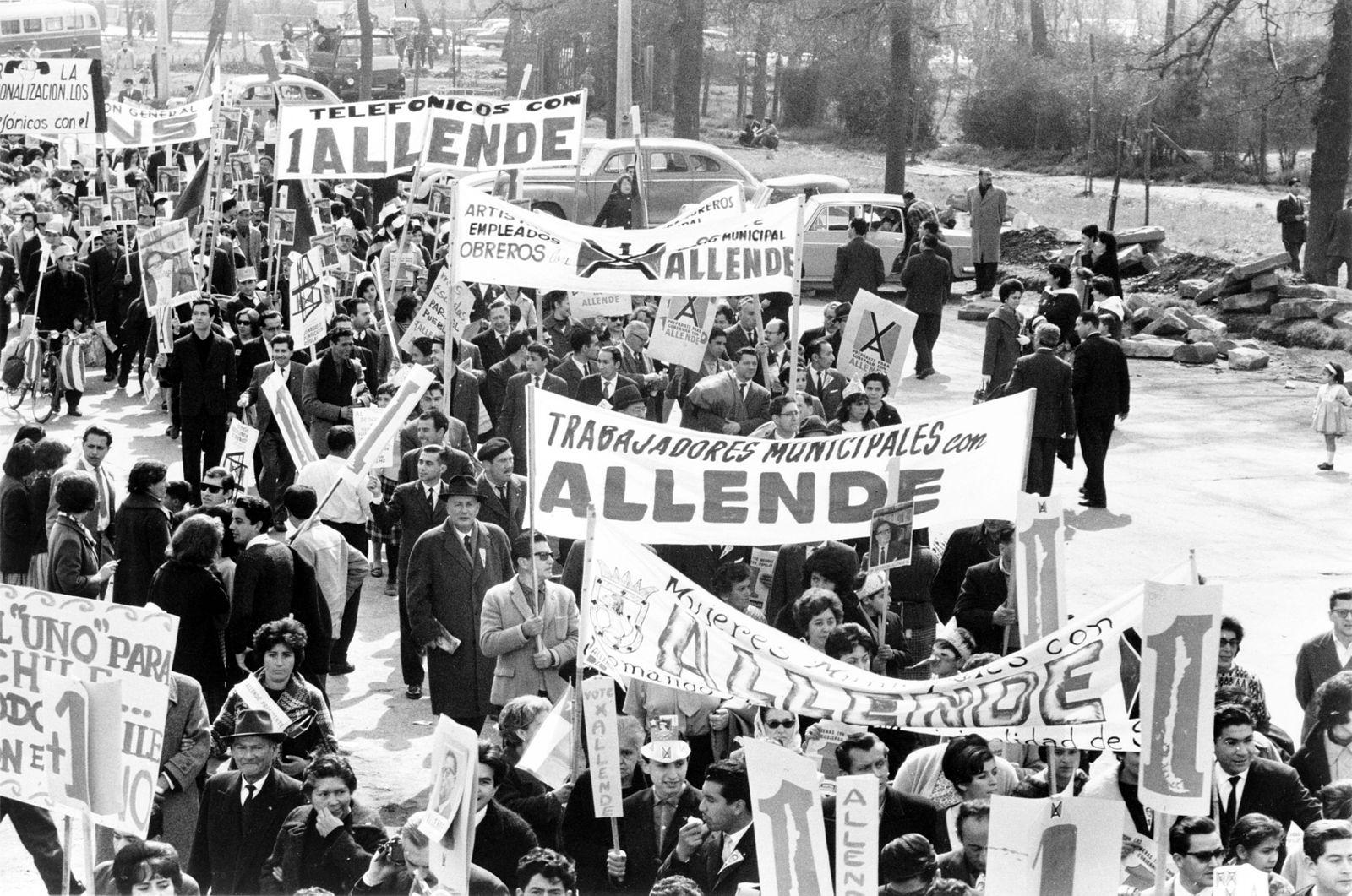 Демонстрации в поддержку Альенде