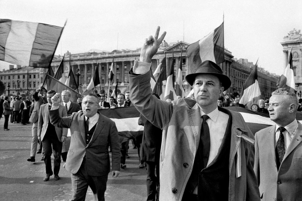 Голлисты на демонстрации, 1968 год, Красный май